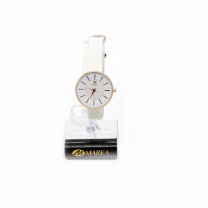 reloj-blanco-cuero-analógico-clásico