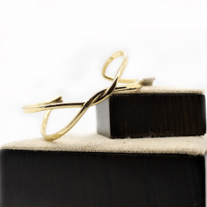 pulsera-dorado-básica-fina-elegante