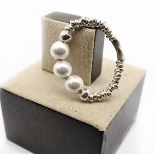 pulsera-perlas-plata-elegante-minimalista